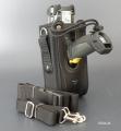 8004-M  Holster pentru terminalele Zebra MC9X cu două benzi - Quass